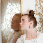 異界へ繋がる可能性 異常な鏡に注意喚起